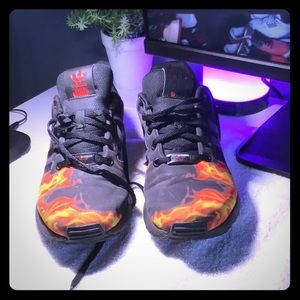 Adidas Star Wars flames